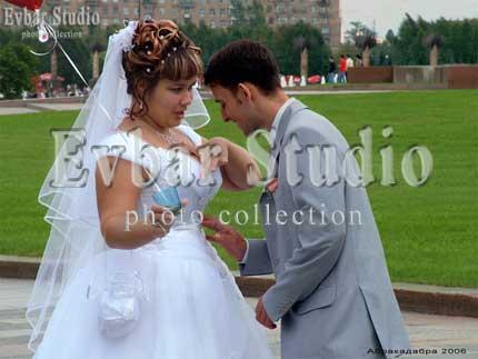 Юмористическое свадебное фото